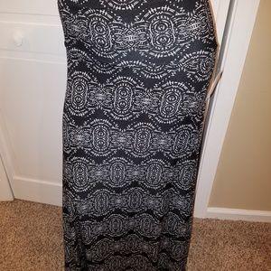 LuLaRoe Small Maxi Skirt NWT Medallion Black White